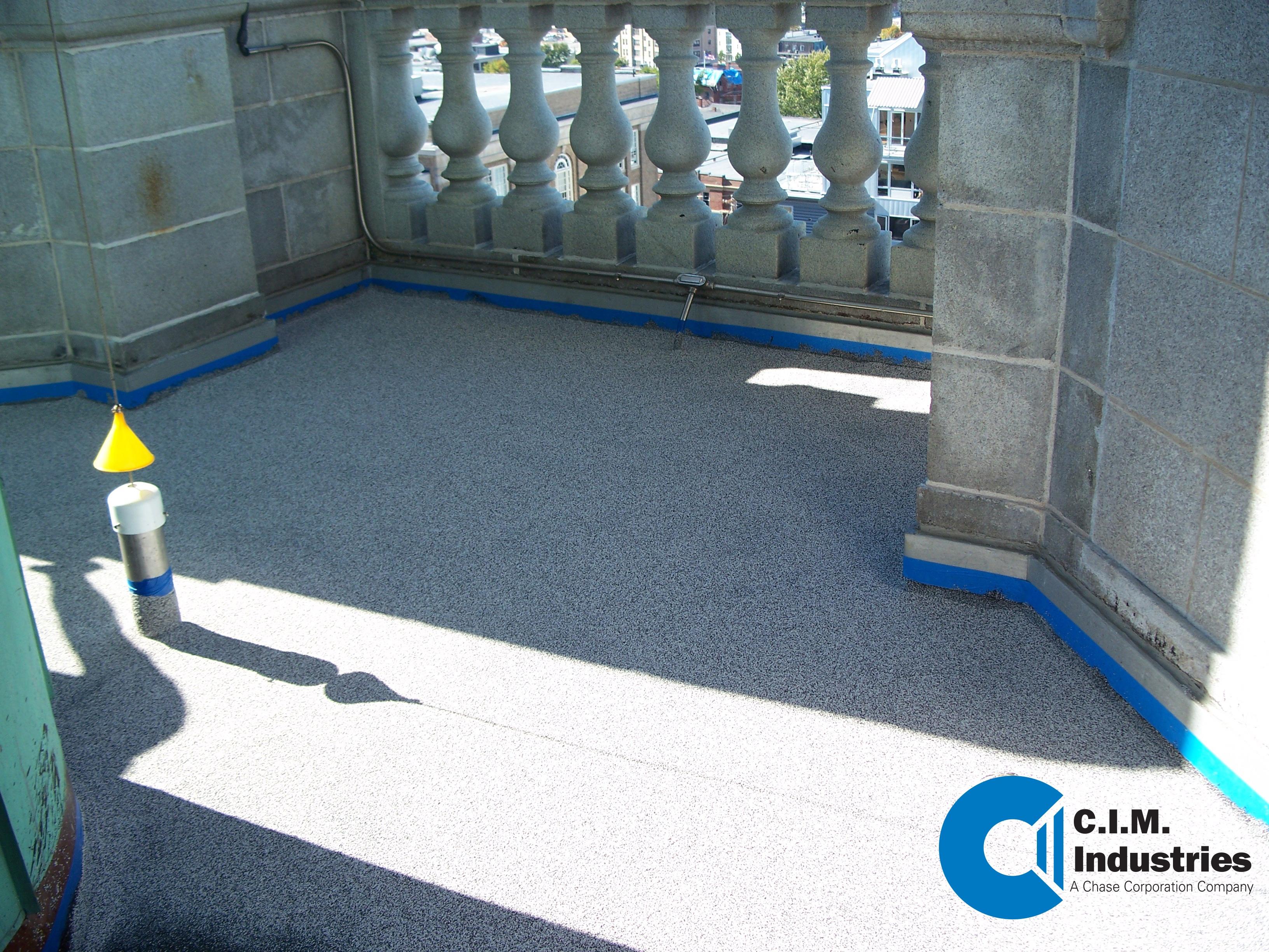 QUARTZ Concrete AGGREGATE TOPCOAT OVER CIM 1000